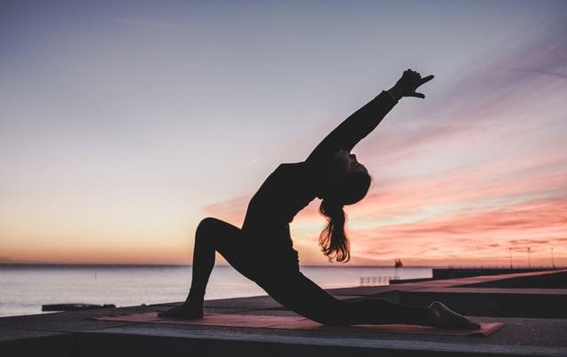 5 bienfaits du yoga pour le bien-être à tout âge