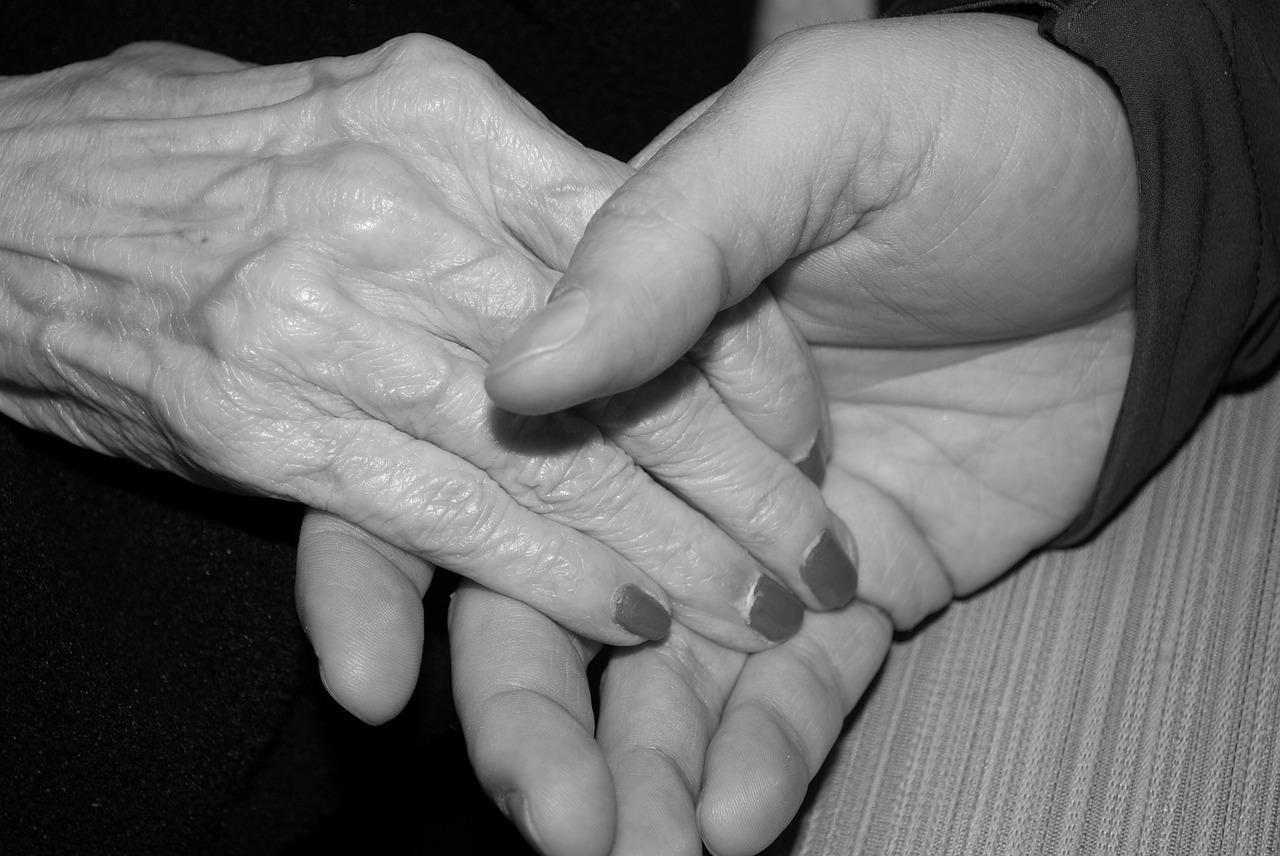 Comment lutter contre la solitude des personnes âgées ?