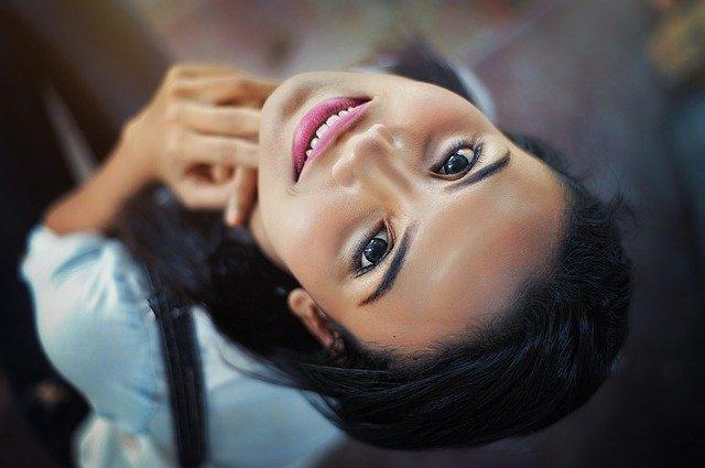 Quelles sont les solutions pour rajeunir son visage sans chirurgie ?